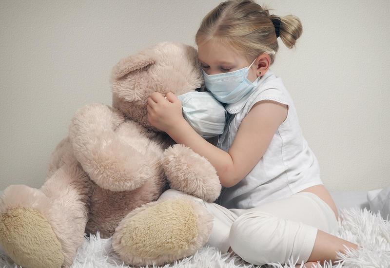 Новый штамм коронавируса чаще поражает детей