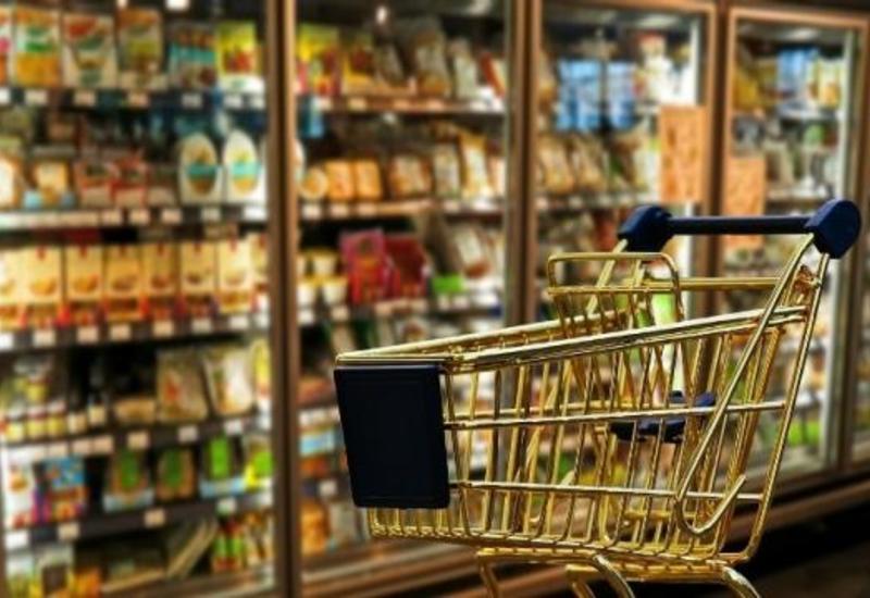 Обнаружен магазин, продающий просроченные продукты питания