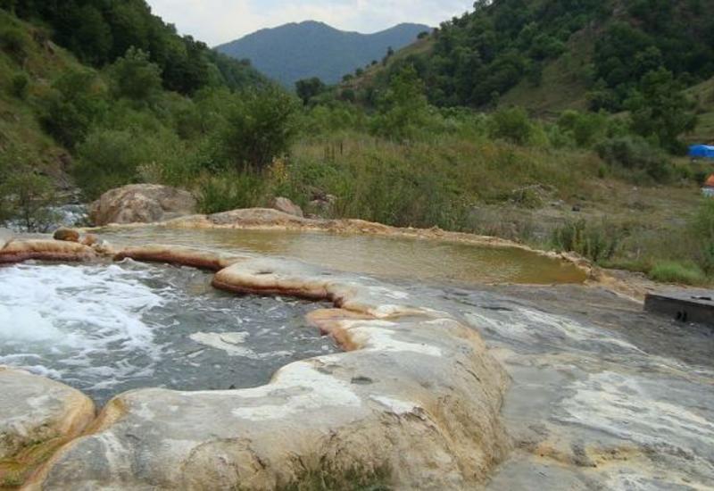 Азербайджан изучает использование геотермальной энергии на освобожденных территориях