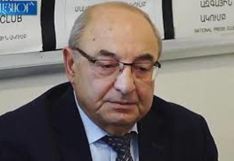 Лидер армянской оппозиции стал невыездным