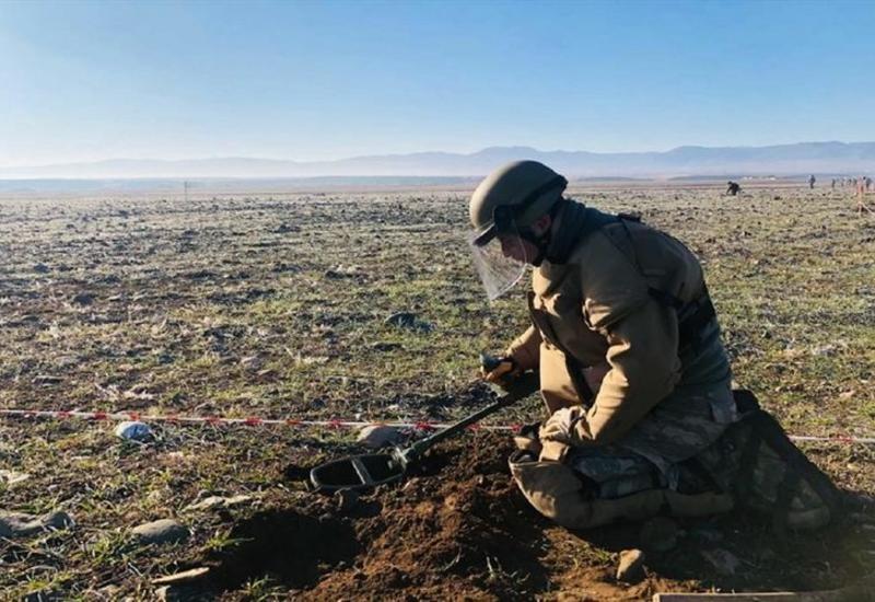 В Карабахе продолжается процесс разминирования