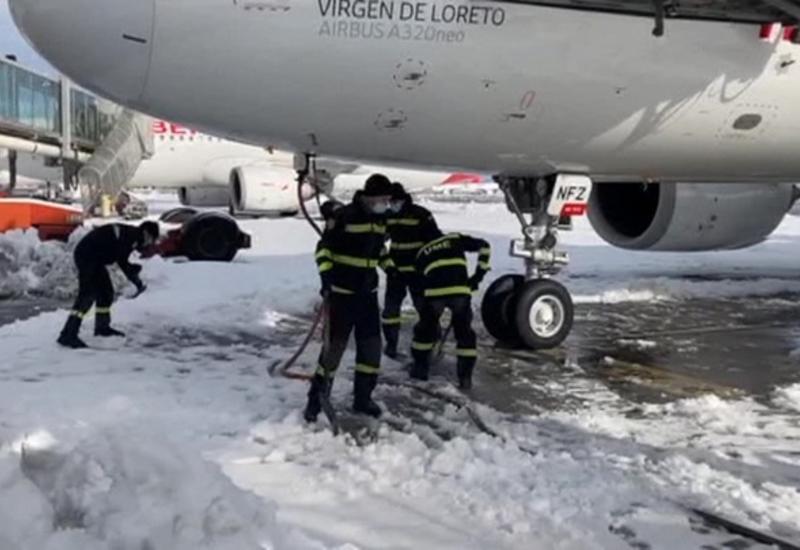 Столица Испании оживает после сильнейших снегопадов