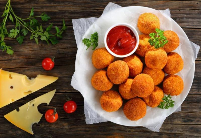 Простой рецепт сырных шариков в блоге Фариды Нури
