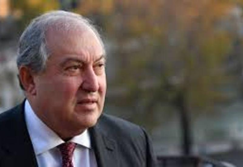 Президента Армении госпитализировали с коронавирусом