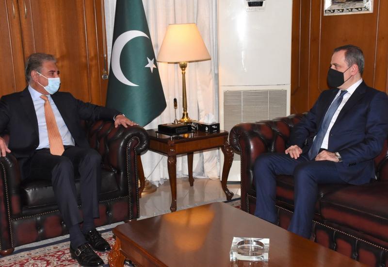 XİN Ceyhun Bayramovun pakistanlı həmkarıyla görüşü barədə məlumat yaydı
