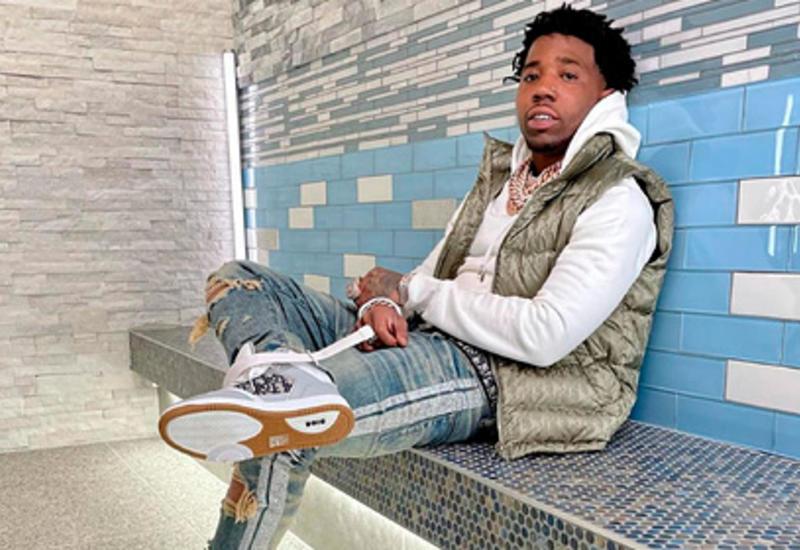 Американский рэпер объявлен в розыск за убийство