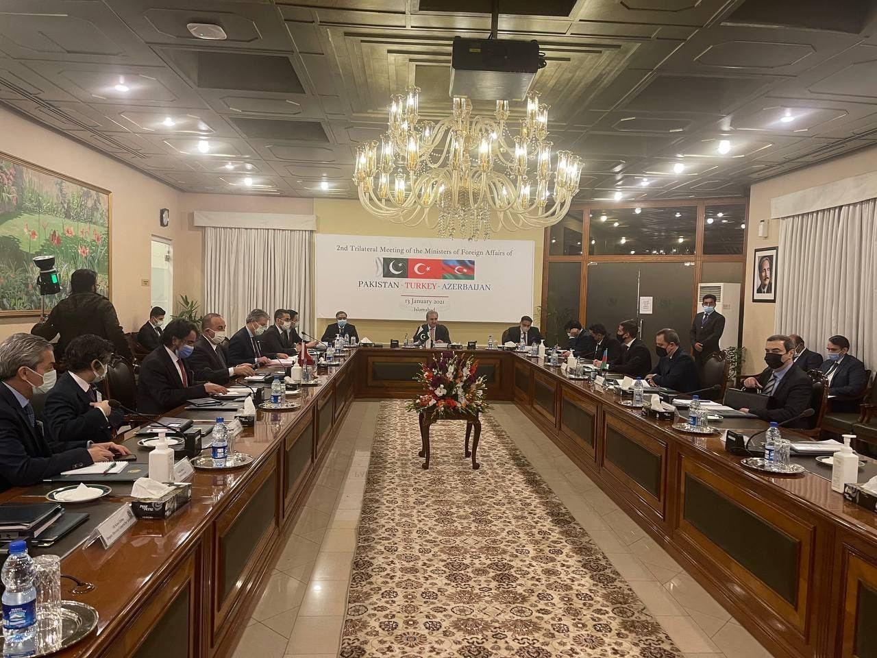 Принята Исламабадская декларация глав МИД Азербайджана, Пакистана и Турции
