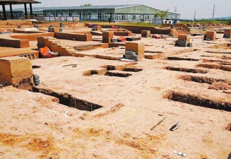 В Китае обнаружен старейший дворец