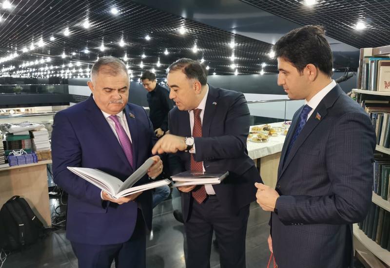 Qazaxıstanda Qarabağ haqqında qazax dilində kitabların təqdimatı keçirilib
