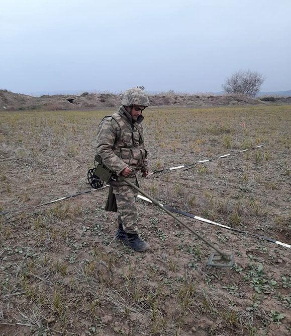 В Карабахе проводятся работы по очистке территорий от мин и неразорвавшихся боеприпасов