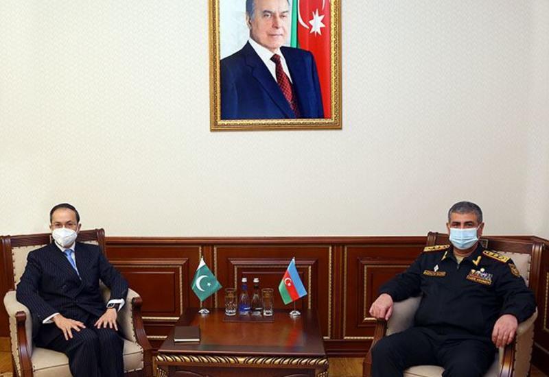 Azərbaycanla Pakistan arasında hərbi əməkdaşlığın inkişaf perspektivləri müzakirə edilib