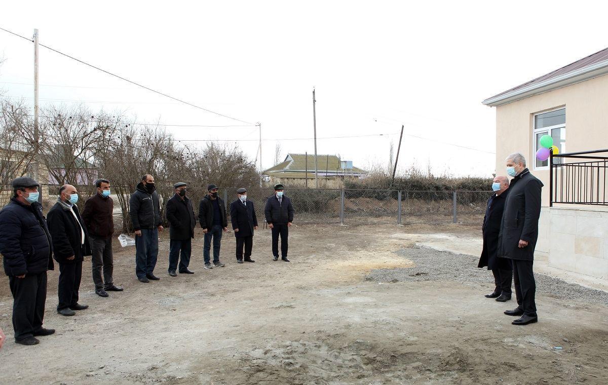 В регионах Азербайджана еще 20 семьям шехидов и лицам с инвалидностью предоставлено жилье