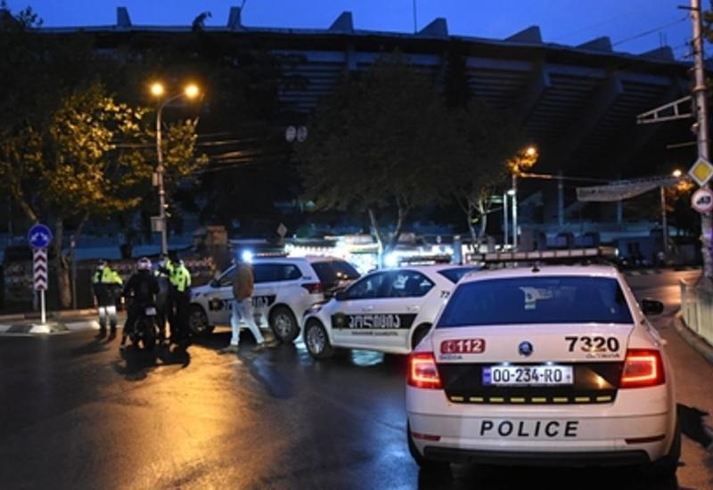 В Грузии экс-полицейский захватил заложников и потребовал отправить его в Россию