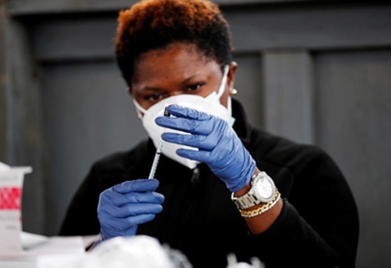 В США назвали число умерших после прививки вакцинами Pfizer и Moderna