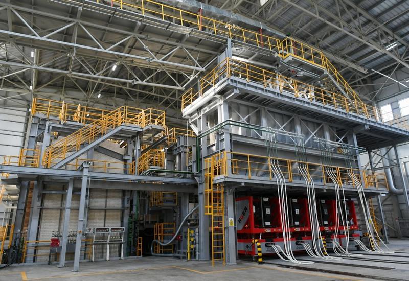 В Азербайджане на новом заводе будет производиться 60-90 млн штук цветной стеклянной тары