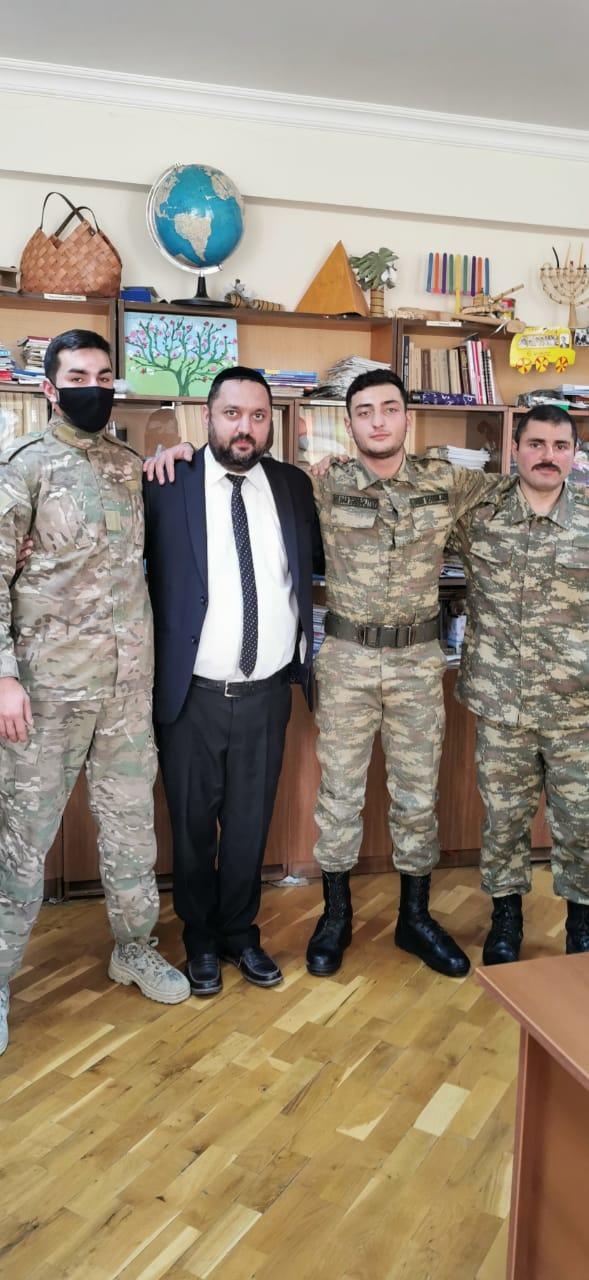 """""""Мы показали врагу нашу силу"""" - воспоминания участников Карабахской войны"""