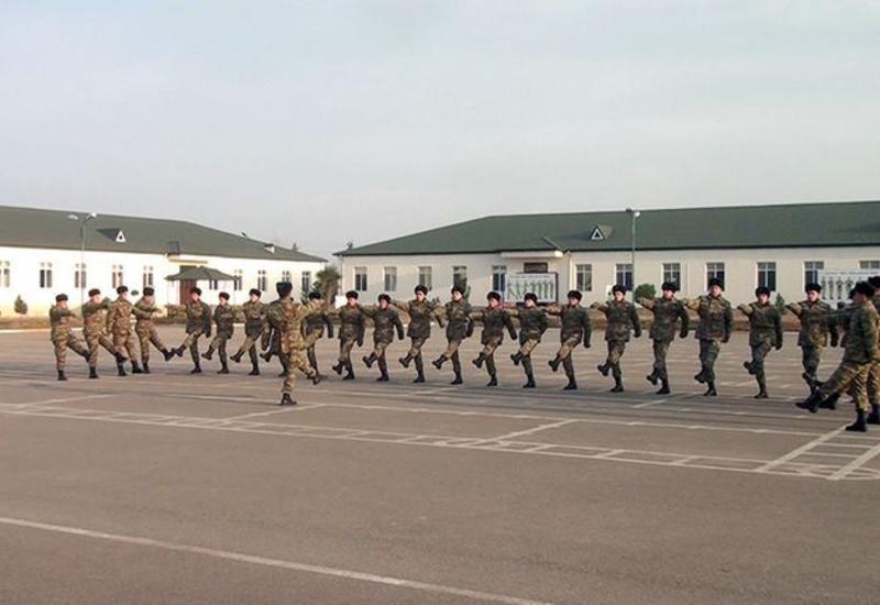Проводится прием призывников в учебные воинские части