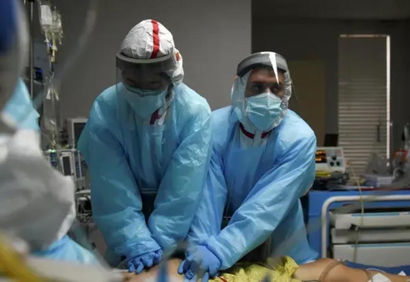 В США число умерших от COVID-19 превысило 406 тыс. человек