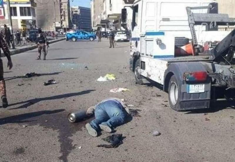Взрыв смертника в центре Багдада сняли на видео, десятки погибших и раненых