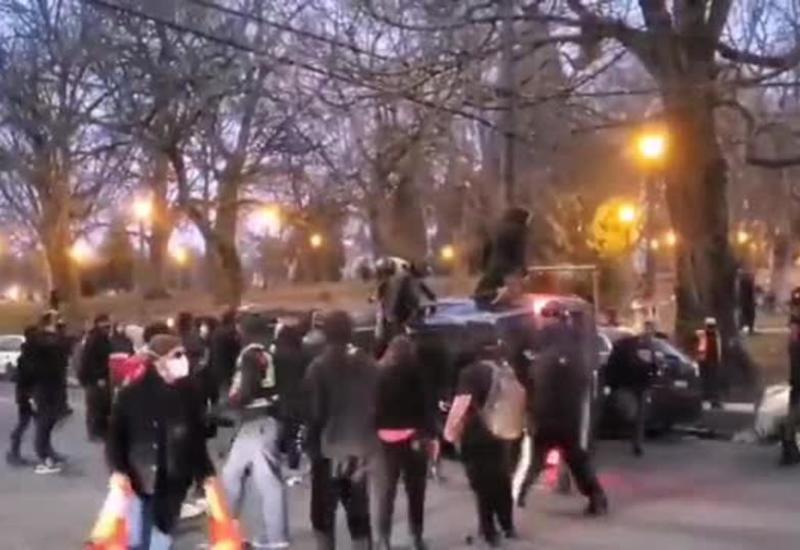 Протесты вспыхнули в США в день инаугурации Байдена
