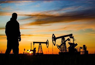 """Проект """"Достлуг"""" - с чего все начиналось? - эксперт об истории месторождения и заслугах азербайджанских нефтяников"""