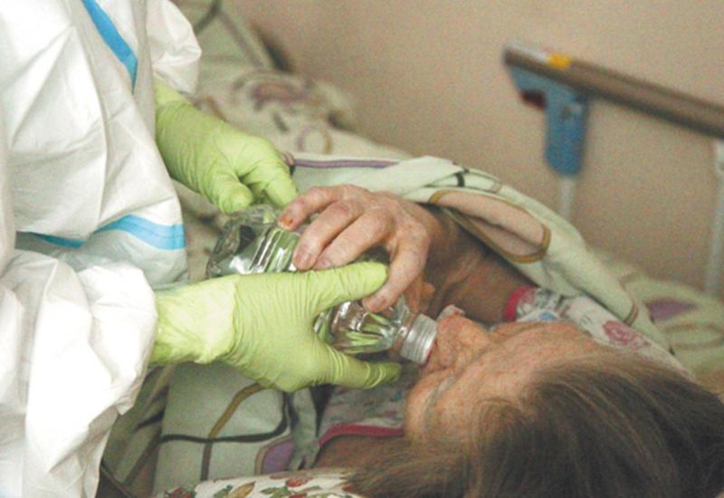 """Перенесшие коронавирус стали умирать через несколько месяцев после """"выздоровления"""""""
