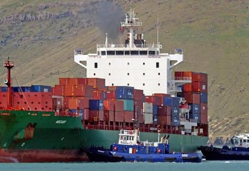 На турецкое судно напали пираты