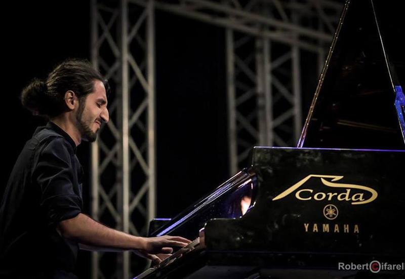 Первый сингл Исфара Сарабского в сотрудничестве с Warner Music Group