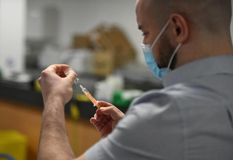 """Германия первой в ЕС закупила препарат от COVID-19 на основе """"коктейля из антител"""""""
