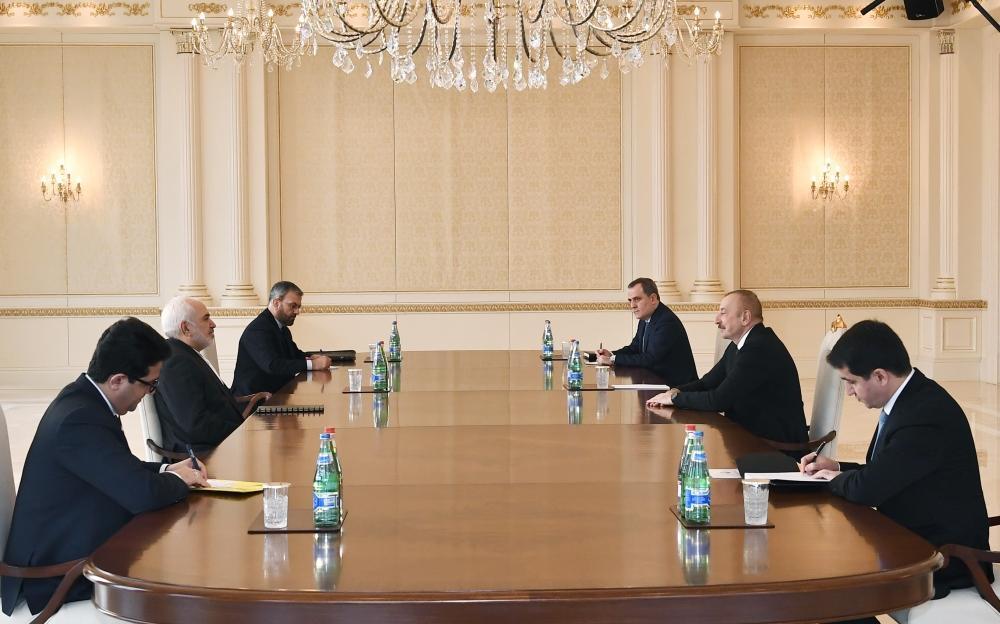 Президент Ильхам Алиев принял министра иностранных дел Ирана
