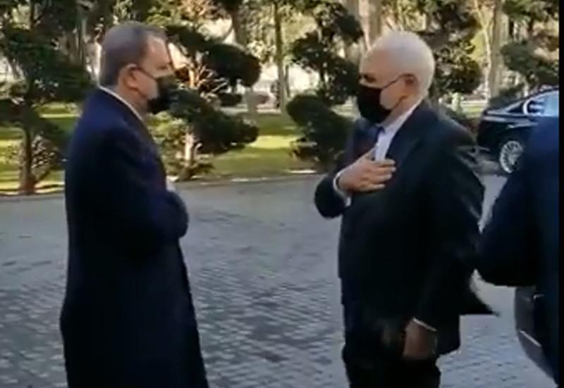 Джейхун Байрамов встретился с Мухаммедом Джавадом Зарифом