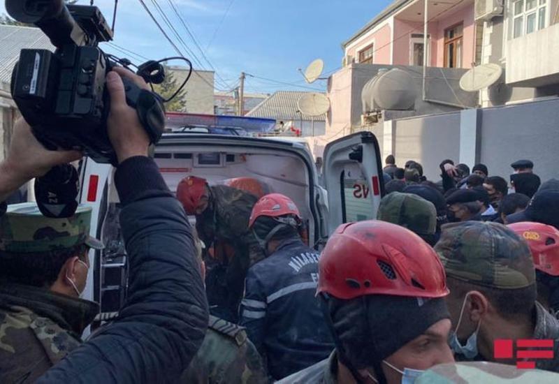 В Хырдалане найдено тело ребенка из-под завалов дома, где произошел взрыв