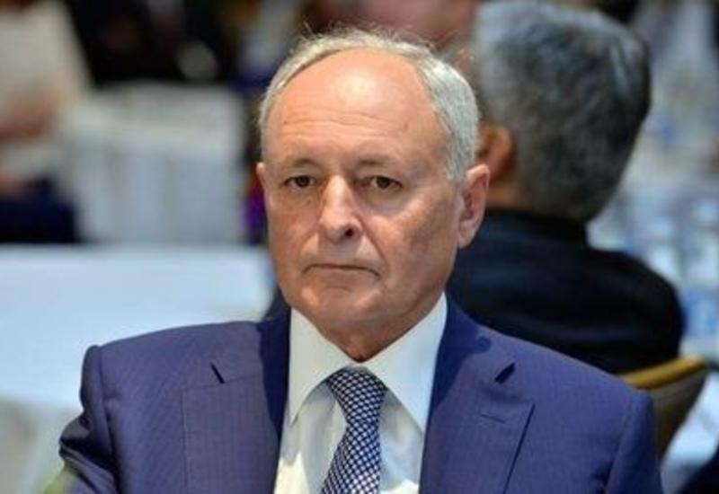 Огтай Ширалиев освобожден от должности министра здравоохранения