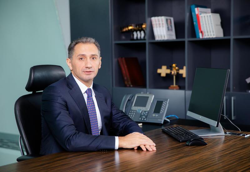 Рашад Набиев представлен коллективу министерства