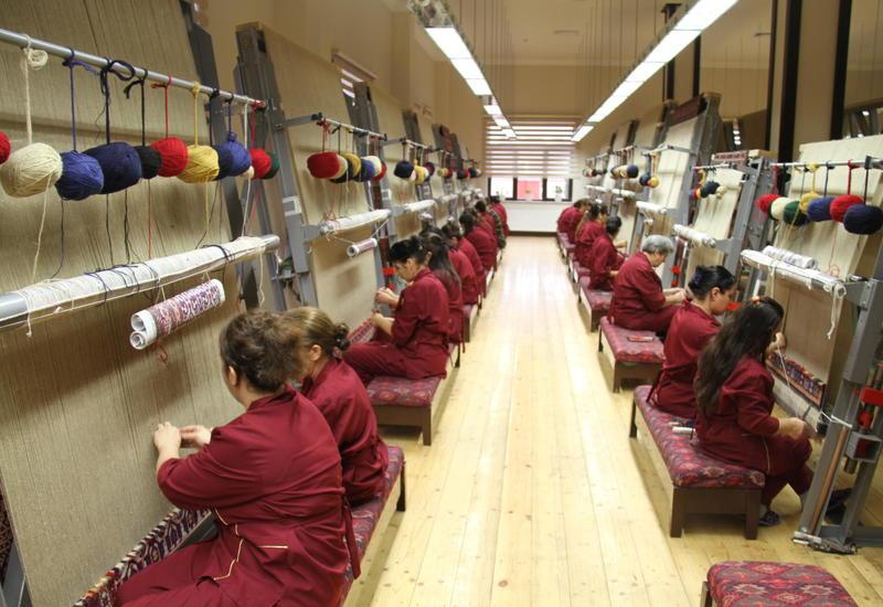 В Азербайджане заработает новая фабрика по производству ковров