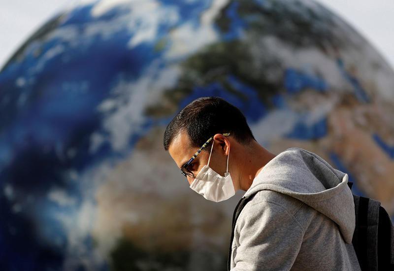 Число случаев заражения коронавирусом в мире превысило 100,2 млн