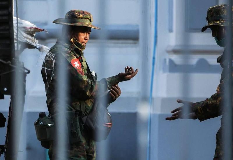 В Мьянме с начала протестов задержаны около 1,3 тыс. человек
