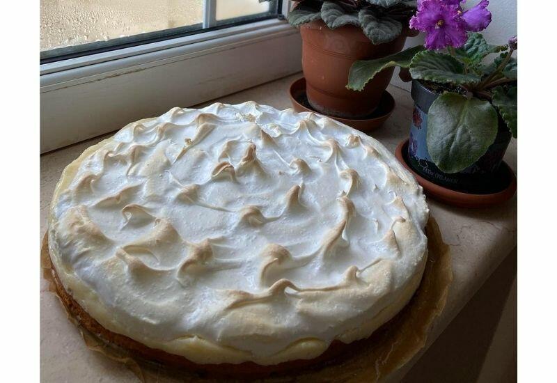 Как приготовить творожный пирог с меренгой - рассказывает блогер Фарида Нури