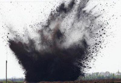 В Тертере два человека подорвались на мине, есть погибший