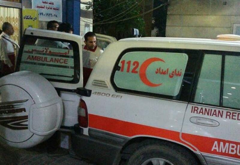 Десять человек пострадали при землетрясении в Иране