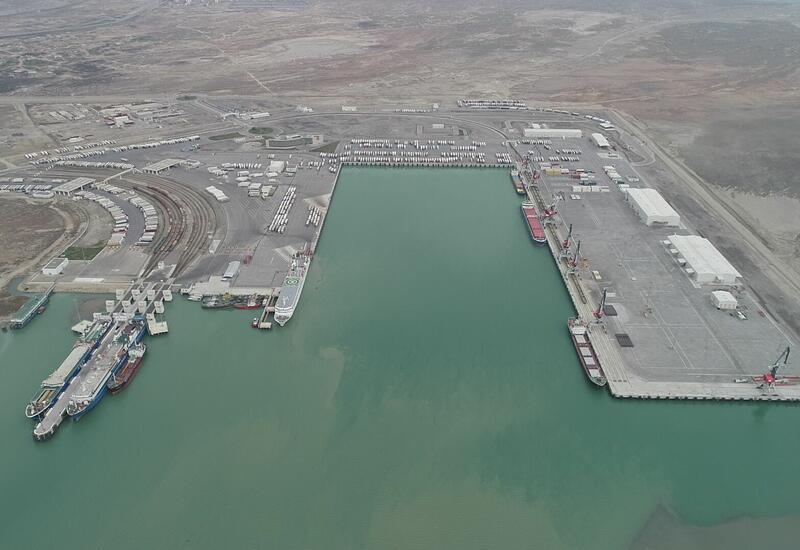 Между портами Баку и Циндао налажено сообщение