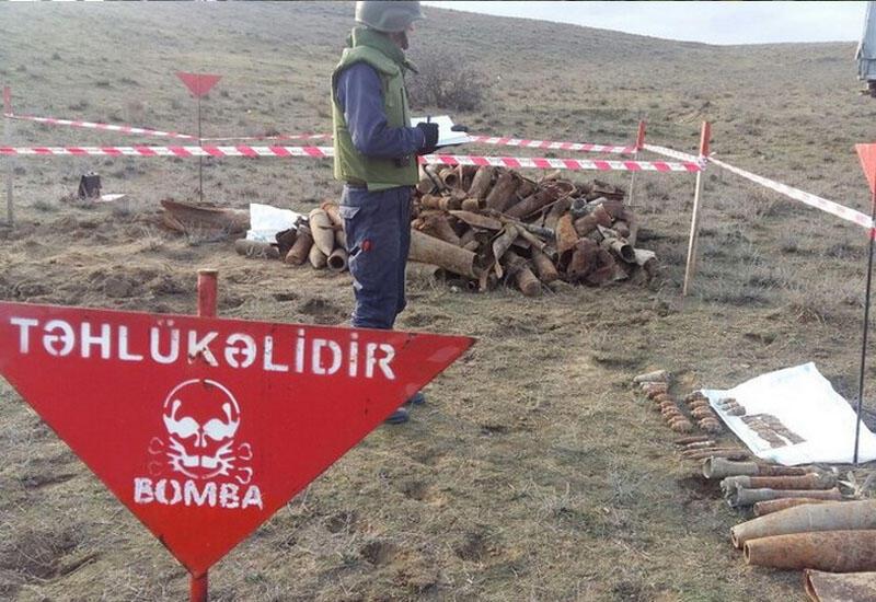 Армения пытается шантажировать Азербайджан картами минных полей в Карабахе