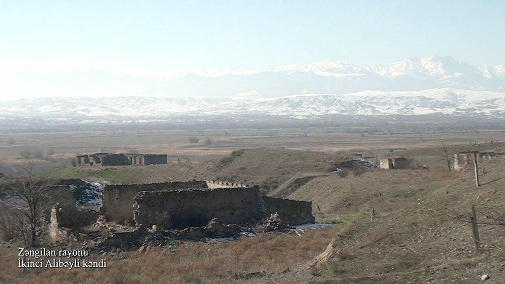 Село Икинджи Алыбейли Зангиланского района
