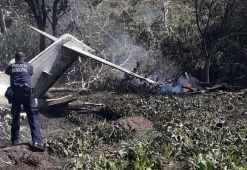В Мексике разбился самолет ВВС страны, много погибших