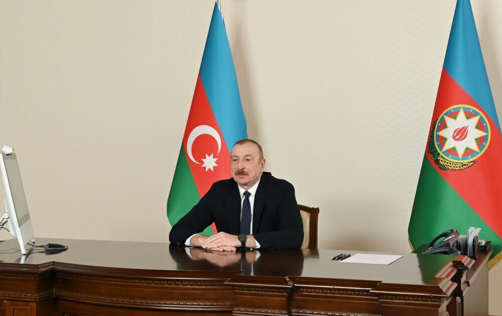 Президент Ильхам Алиев принял сопредседателя Международного центра Низами Гянджеви в видеоформате
