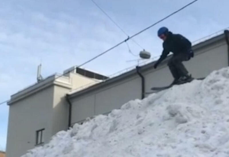 Лыжник-экстремал вылетел в обрыв с ледяной водой в Сочи
