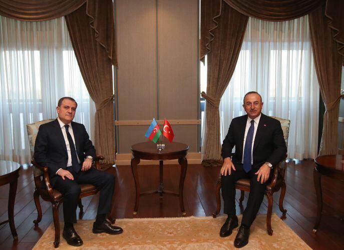 В Анкаре состоялась встреча между главами МИД Азербайджана и Турции