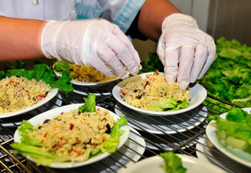 Школьников во Франции оставили без мяса на обед
