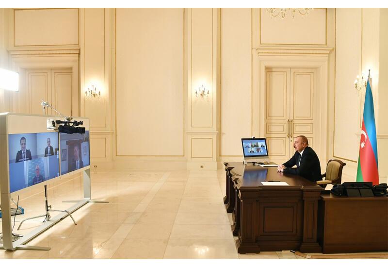 Президент Ильхам Алиев принял в видеоформате генерального исполнительного директора компании Signify и других представителей руководства компании