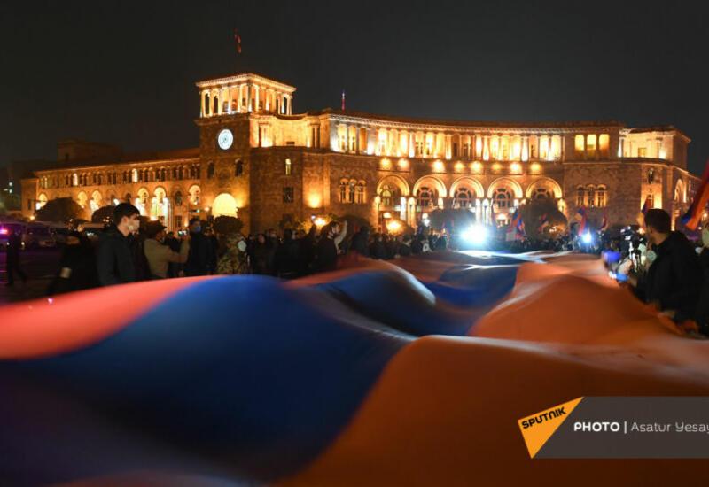 Ermənistan polisi də AYAĞA QALXDI: